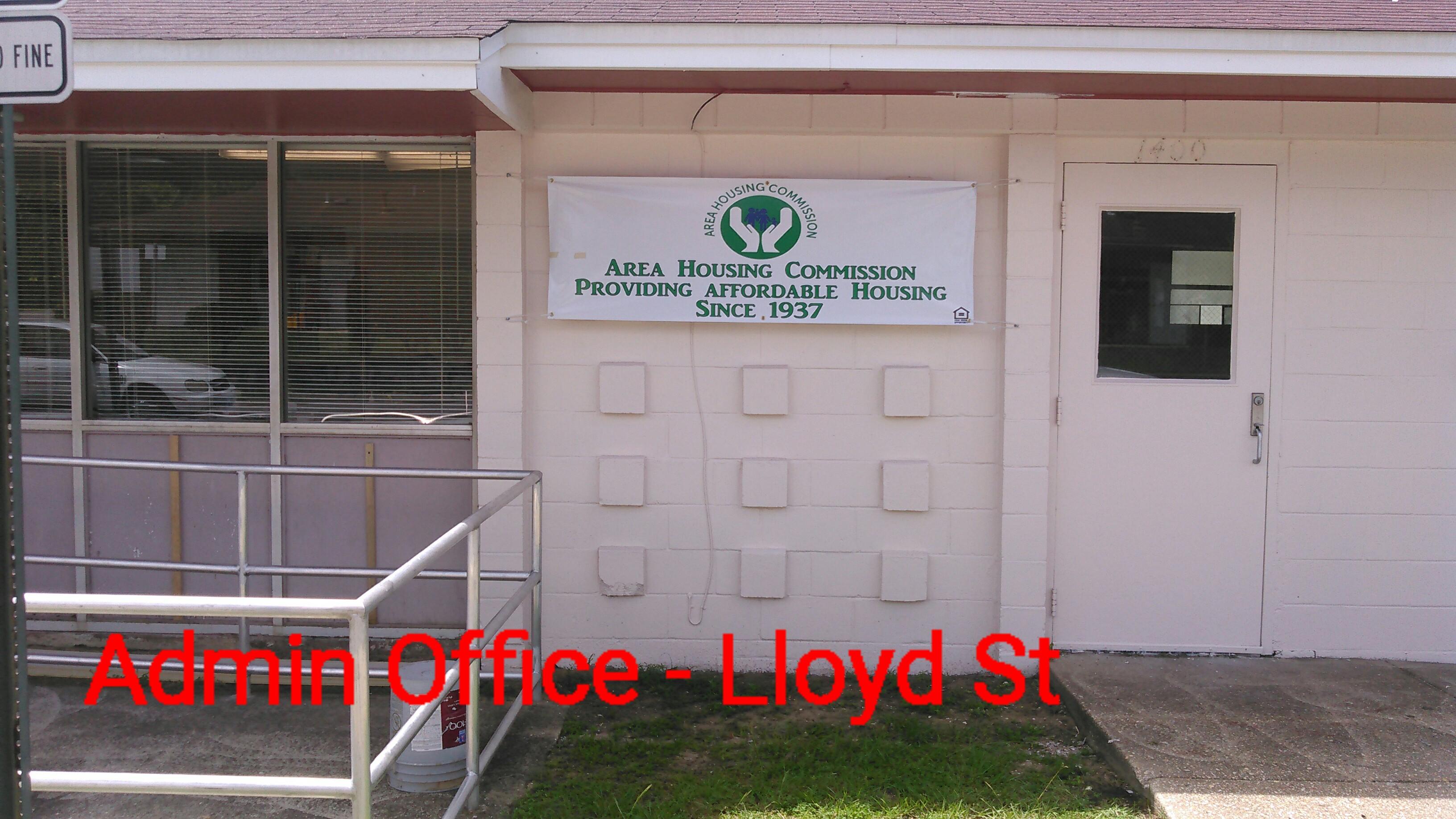 Lloyd St